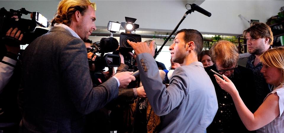 14 mei 2012: Dibi licht zijn kandidatuur toe. De reactie van de pers is niet mals: 'Iedereen had altijd tegen me gezegd dat ze me sympathiek vonden'. Foto: Rein van Zanen/Novum
