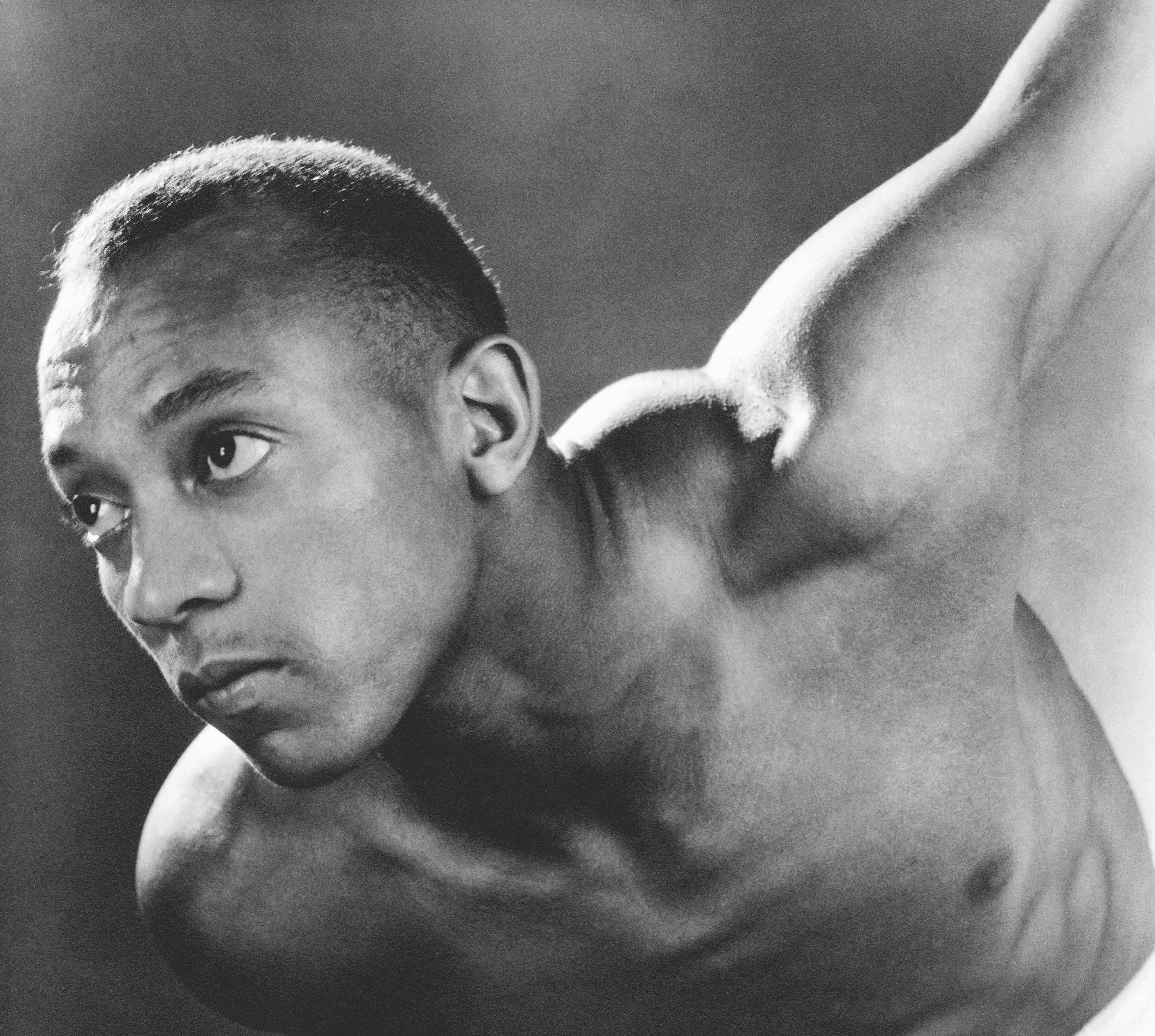 Jesse Owens: mythe en tragiek van een wonderatleet
