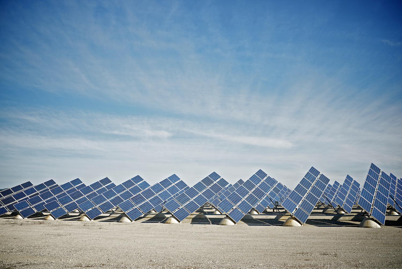 Wat heeft Willem Holleeder met zonnepanelen van doen?