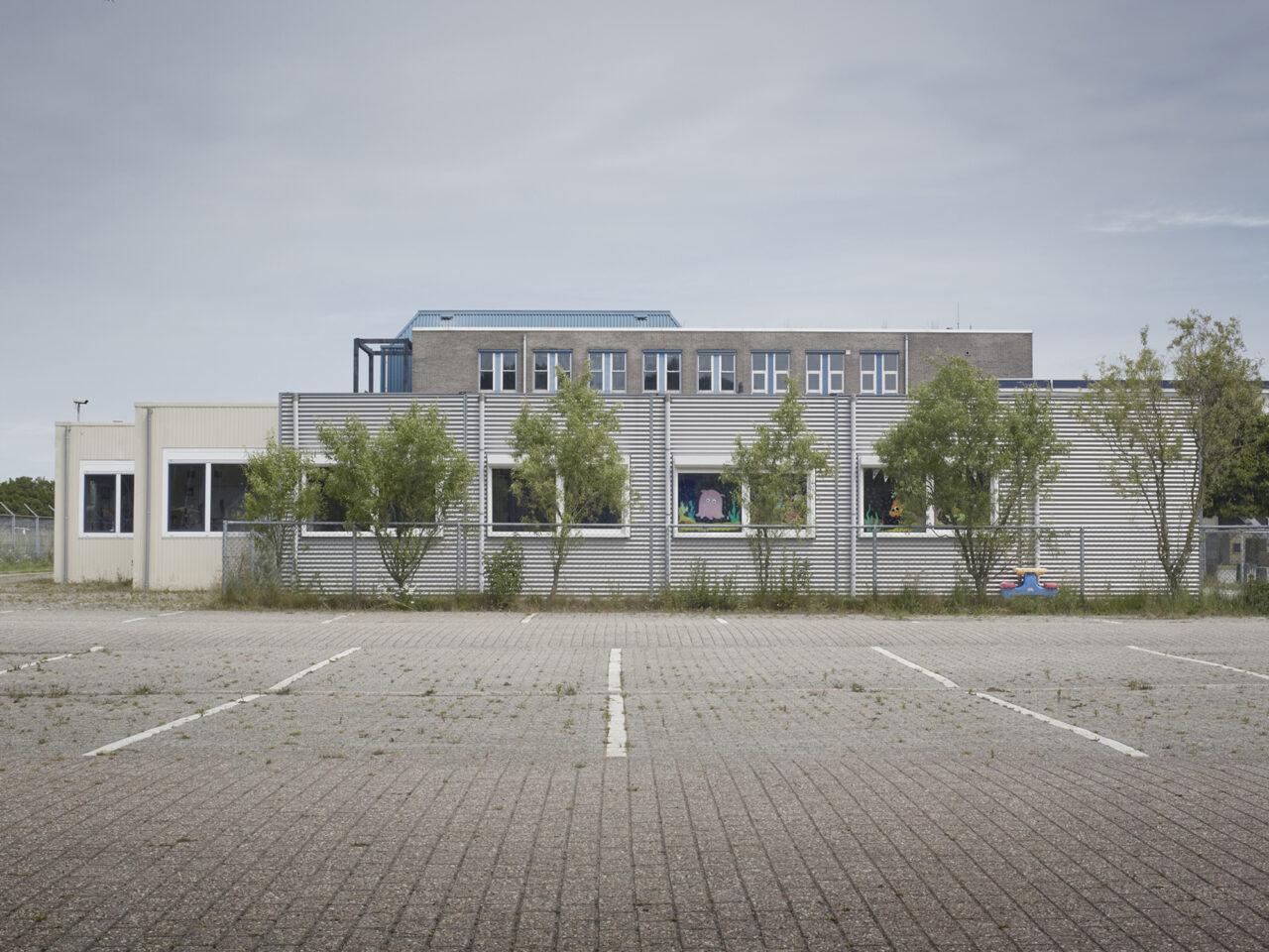 Denny's school,  Gezinslocatie voor uitgeprocedeerde asielzoekers met beperkte bewegingsvrijheid, Katwijk