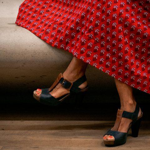 Pionier in duurzame mode Safia Minney: 'Eerlijke kleding moet de norm zijn'