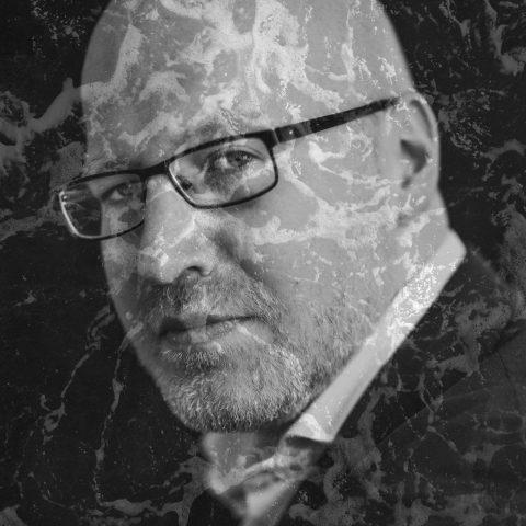 Literaire Kroniek: Kan kunst wel neutraal blijven in deze woelige tijd?