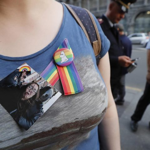 Foto: herdenking van de vermoorde homorechtenactivist Elena Grigorieva in St. Petersburg.