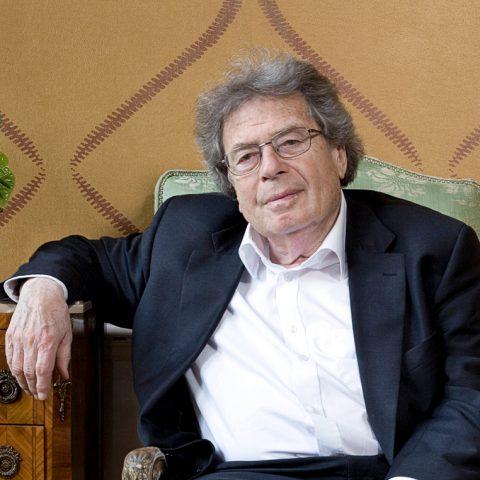 György Konrád (1933-2019): 'De goede linkse ziel is snel gewonnen voor de verkeerde zaak'