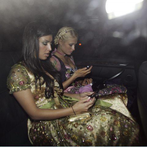 Dezelfde lippen, borsten en billen: door Kim Kardashian lijken alle influencers op elkaar