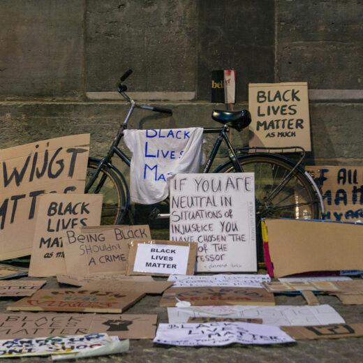 De antiracismeprotesten van de afgelopen maanden zijn een signaal aan de geschiedenis