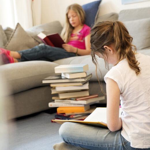 Jongeren kunnen nauwelijks meer een 'echt' boek lezen, zegt deze leesprofessor, en dat heeft vergaande gevolgen