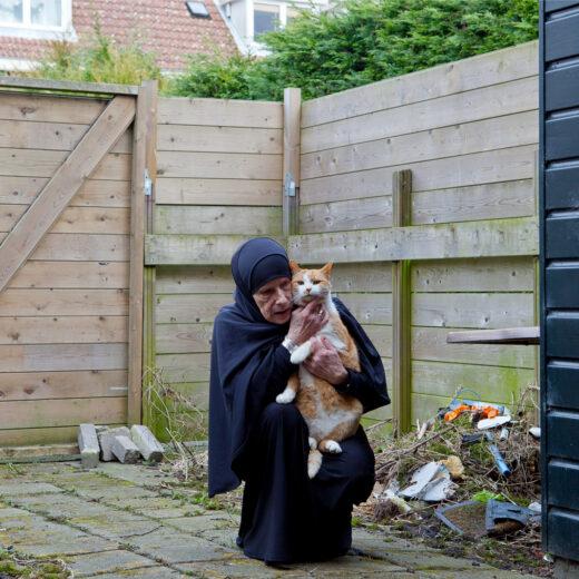 Docu:  een vrijgevochten Amsterdamse in chador