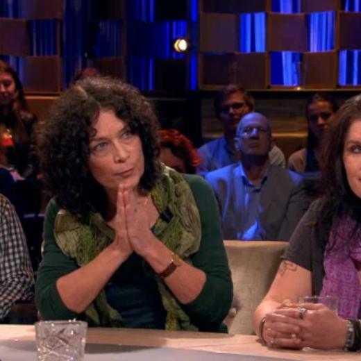 De 'bezorgde moeders' zijn de druppel: weg met complotdenkers in talkshows!