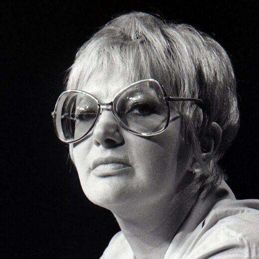 Adèle Bloemendaal bij Bibeb: 'Wij zijn exhibitionisten van de eerste orde'