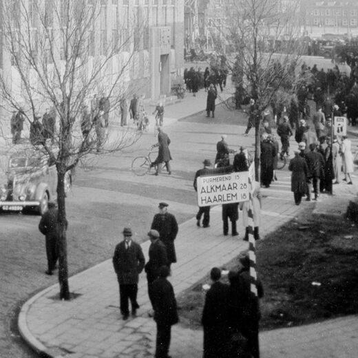 Geschiedenis op zolder: unieke foto's van de Februaristaking
