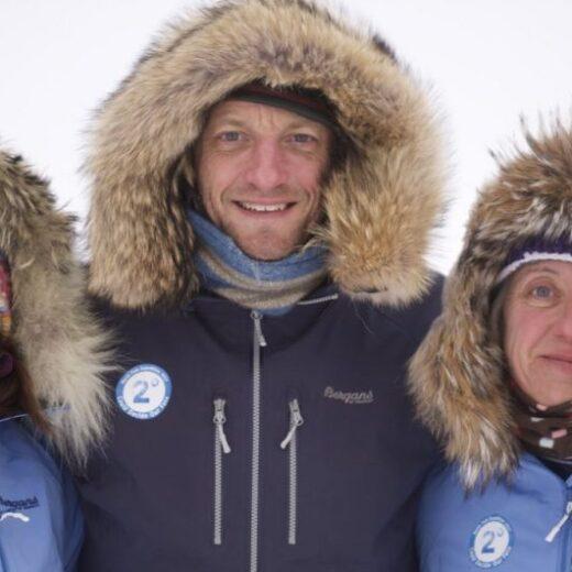 Bernice Notenboom, net aangekomen op de Noordpool, spreekt met Vrij Nederland