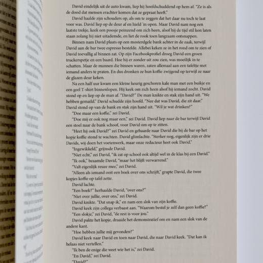 Micha leest bladzijde 127