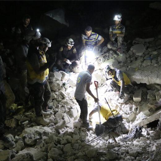 Hoe moet het nu verder met Idlib en de White Helmets?