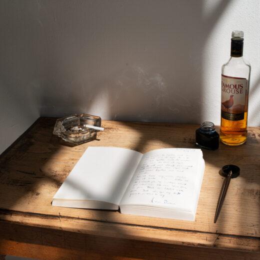 Op schrijfles bij Jan van Mersbergen: 'Alles mag, maar het moet kloppen'