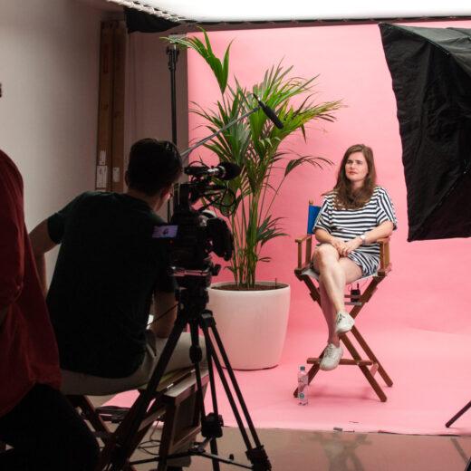 Gesprek met de maker: Kelli van der Waals over tieners en hun smartphones