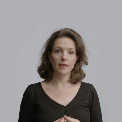 Videocolumn Tinneke Beeckman: Hoe slachtofferschap gelijkheid ondermijnt