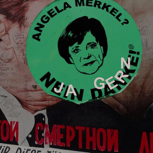 Macht op vrijdag: Angela Merkel treedt een beetje wel, en een beetje niet terug