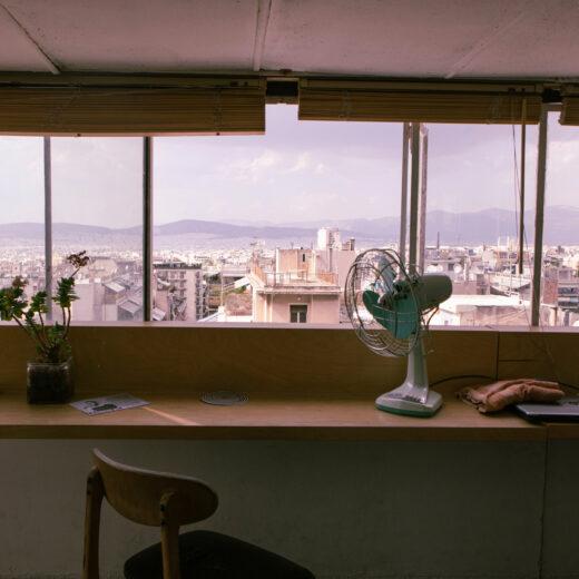 Anarchisten op Airbnb: ook de radicale wijk van Athene ontkomt niet aan gentrificatie