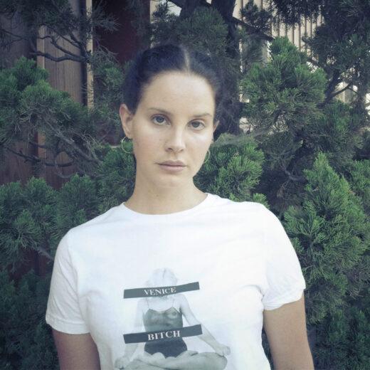 Waarom millennials zo dol zijn op Lana Del Rey, de Marilyn Monroe van onze tijd