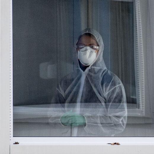 Hoe we over ziektes praten, beïnvloedt de verspreiding: 'Het is meer dan wij tegen de microbe'