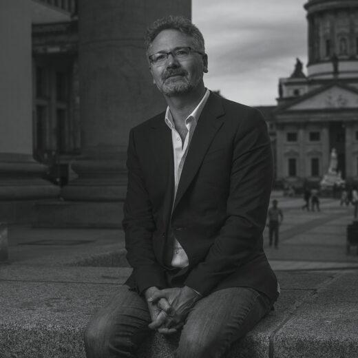 Historicus Adam Tooze: 'Deze crisis is ongeëvenaard. En we staan nog maar aan het begin'