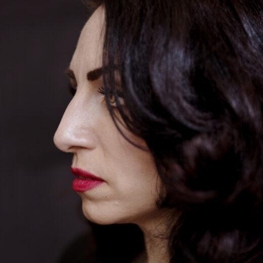 Nazmiye Oral: 'Ik heb mijzelf bevrijd, maar ik heb ervoor moeten lijden'
