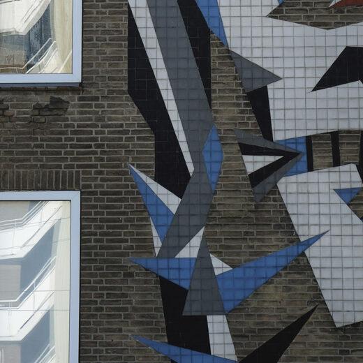 In de Amsterdamse wijk Slotervaart dreigen twee werelden te ontstaan: 'Op straat leven we langs elkaar heen'