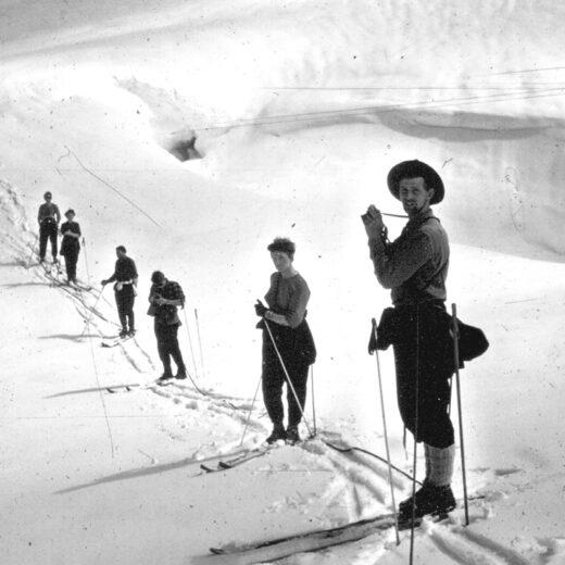 Deze IJslandse schrijver neemt afscheid van het ijs: 'Wij zijn de generatie die vaarwel zegt tegen gletsjers'