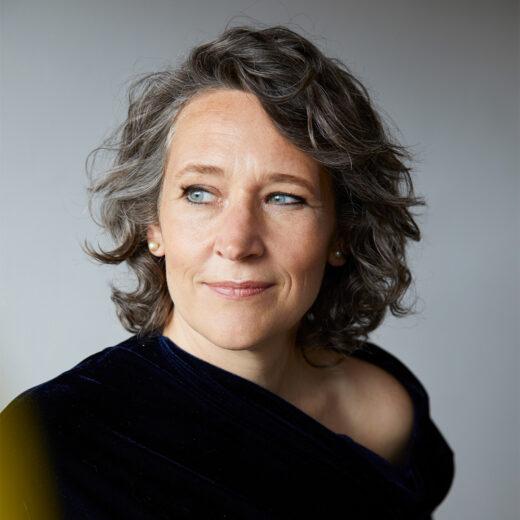 Hoogleraar gerontologie Andrea Maier: 'We moeten afwegen in wie we investeren in de zorg'