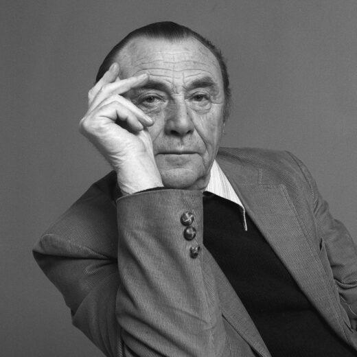 Literaire Kroniek: De lach van Vijftiger Bert Schierbeek reikte ver