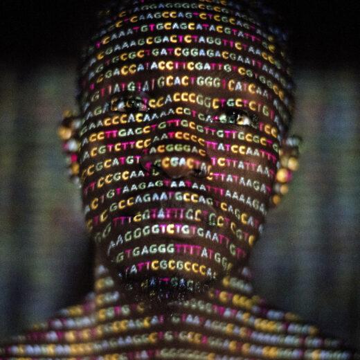 Een mens is meer dan een zak genen