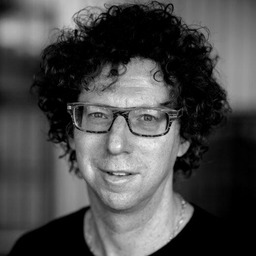 Literaire Kroniek: Arnon Grunberg strooit zo zorgeloos met grote woorden dat ze op slag hun kracht verliezen